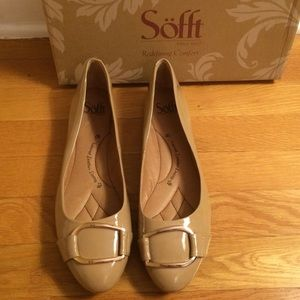SOFFT 'Benton' Sand Patent Leather Buckle Flats